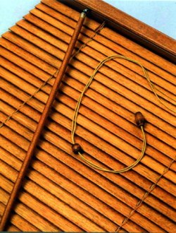 Уход за деревянными жалюзи