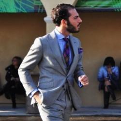 Как выбрать рубашку и галстук под костюм
