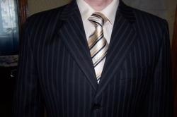 Выбрать рубашку и галстук под костюм