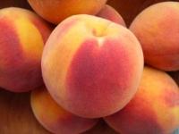 Польза и вред персика