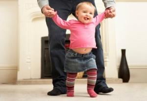 Научить ребенка ходить
