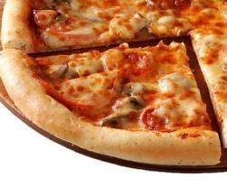 Пиццу нельзя есть перед сном