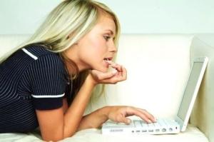 Знакомиться в интернете: стоит ли