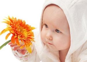 Физические достижения ребенка в 3 месяца