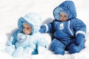 Как правильно выбрать детский комбинезон