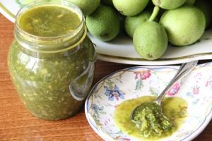 Мазь из зеленой кожуры грецкого ореха