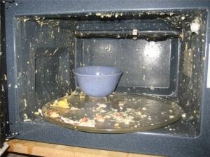 Не готовьте яйца в микроволновке