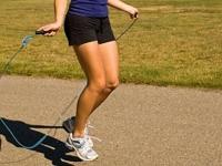 Прыжки на скакалке — польза и вред
