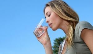Выпей воды обмани желудок