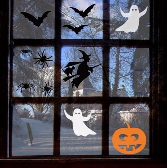 Украшение окна на хеллоуин