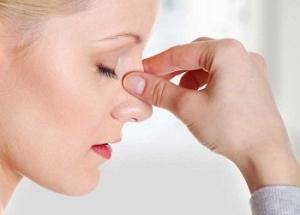 Лечение мазями болячек в носу