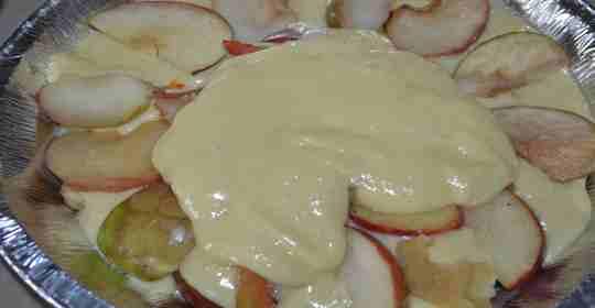 Яблочная шарлотка - простой рецепт-4