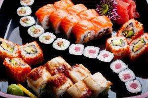 Как отличаются суши от роллов