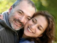 Почему женщины выбирают мужчин старше себя