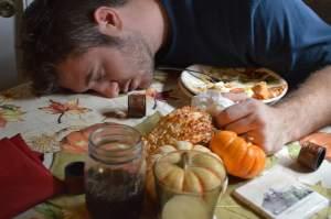 Переедание - хочется спать