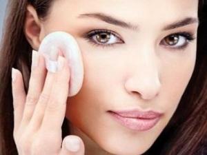 Ухаживаем за сухой кожей лица