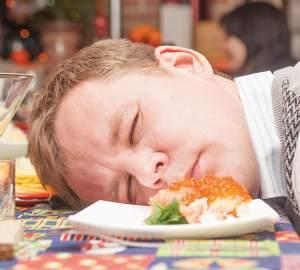 Хочется спать после еды