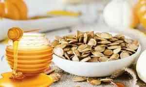 Семена тыквы и мед