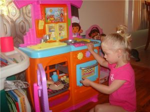 Подарить девочке на 3 года на день рождения