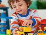 Что подарить мальчику на 4 года на день рождения?