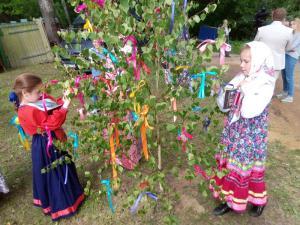 Традиции праздника Святой троицы